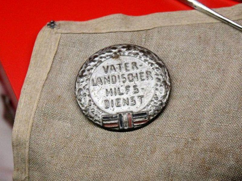 Historischer Vaterländischer Hilfsdienst Anstecker